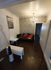 9 Bedrooms, 2 kitchens and office in garden £5000 a month bills included. RENT today