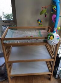Bundle of baby items! Table, mat and musical mobile!