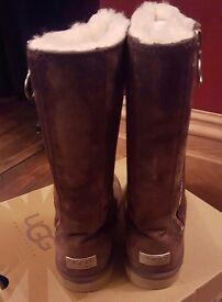 Girls Ugg boots UK size 1
