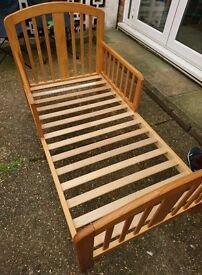 BABY WEAVER TODDLER BED
