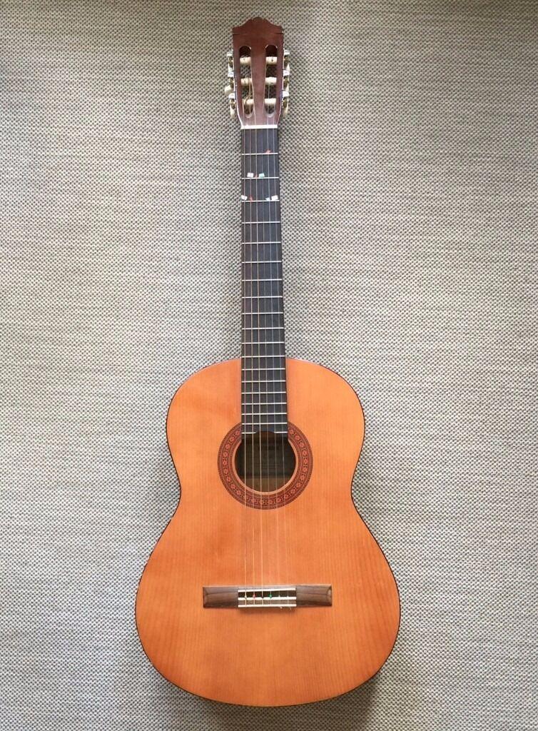 yamaha c40. yamaha c40 full size classical guitar - natural wood e