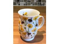 Dovedale Jane Fern Buttercup band Bees Mug