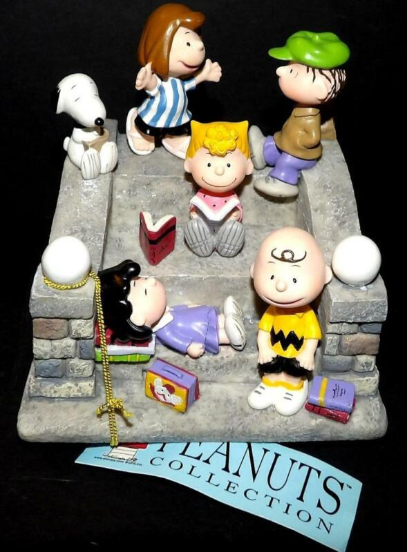 Westland Giftware KIDS ON STAIRS Figurine Peanuts Collection #8252