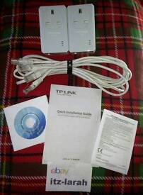 TP-Link TL-PA451 AV500 Powerline Adapter Kit With AC Pass Through