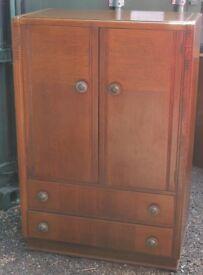 Oak 1940s vintage tallboy/linen cupboard