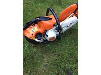 Stihl saw TS 410 With brand new cutting disc and water attachment Newer model