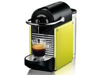 DeLonghi EN 125.L Nespresso Pixie Coffee Machine **immaculate condition**