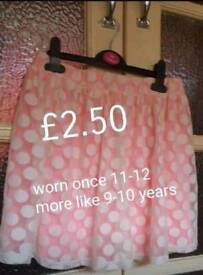 Girls pink Skirt 9-10 Years worn once