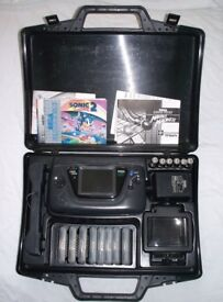 Sega Game gear with carry case, 8 games and more!!!!