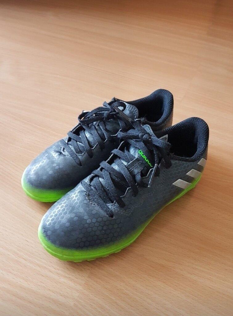 Boys adidas football shoes size 1  b89ca7f14