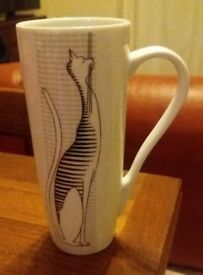 Slim elegant cat mug in box (never used)