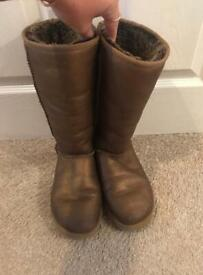 Size 7 tall UGG boots