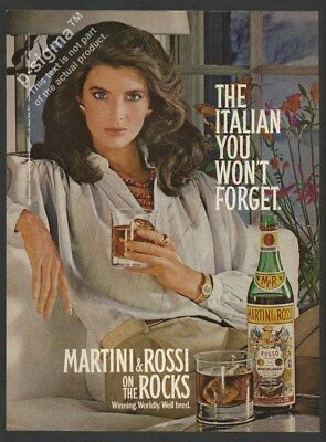 MARTINI & ROSSI Vermouth Rosso-1982 Vintage Print Ad