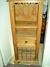 wine/drinks cabinet,
