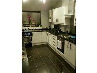 4/5 Bedroom House in Plumstead