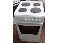 Indesit K3E1WG 50cm Electric cooker