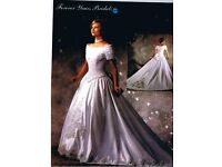 Wedding Dress - Forever yours bridal, including tiara & veil