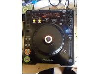 Cdj decks and Mixer 4sale (£350)•