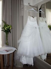 Beautiful berketex wedding dress for sale
