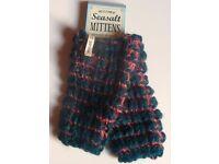 New SEASALT Ladies Fingerless Mittens Gloves BNWT (Can Post)