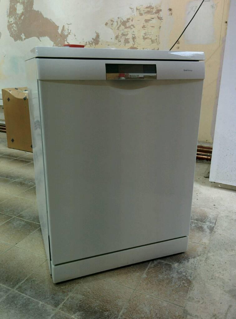 Freestanding Bosch logixx sms69l32gb dishwasher