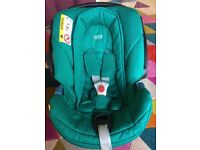 Baby Car Seat Mamas and Papas with ISOFIX Base -Green