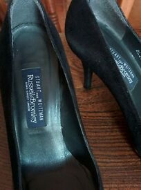 Stuart Weitzman for Russell and Bromley Black court shoes size 5.5