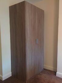 Brown wardrobe, unused (196cm high, 90cm wide, 57.5cm deep)