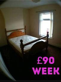 100 week room for rent all bills in