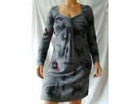 Striking maternity dress, 'Love2wait' designer label, medium size