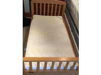 Toddler bed very good condition