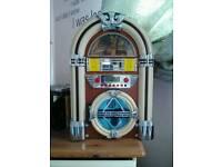 Jukebox Style CD player/Bluetooth speaker/radio