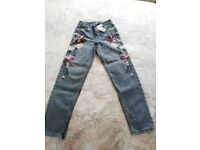 JEANS MOM HIGH WAISTED W24 L32 NEW