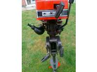 MOTOR BOAT ENGINE ( LIKE NEW )