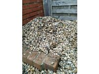 Garden pebbles - approx 6m²/65ft²