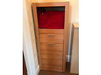 Vertical chest of drawers