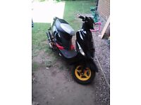180cc Moped 2011 plate mot till next yr feb all paper work starts runs and rides great