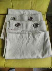 """Eyelet Backout curtains (pair of 51""""drop) £10 ovno"""