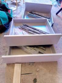 howdens 600mm base unit drawers