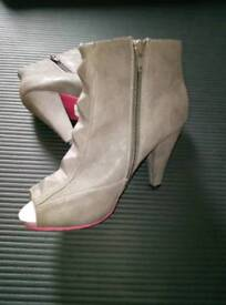 Grey Open Toe Ankle Boots Size 4