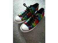 Genuine Converse Size 7 (worn once)