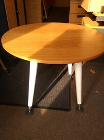Small round office meeting table / small office side table