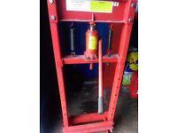 12 lon hydraulic press