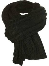 BNWOT - Topman black chunky knit scarf