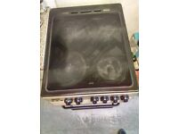 Zanussi Electric cooker with 4 Hobs and integrated twin Grill