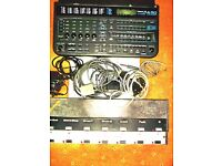 Roland RA90 Arranger. Power pack, all leads and Manual, plus pedal board