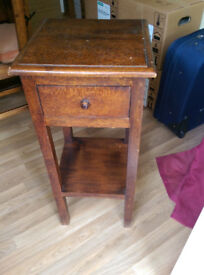 Small corner table with draw