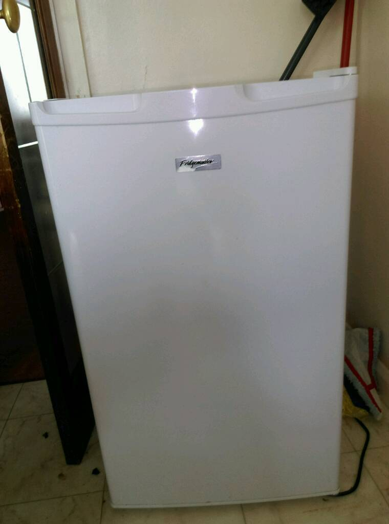 Fridgemaster frindge/freezer