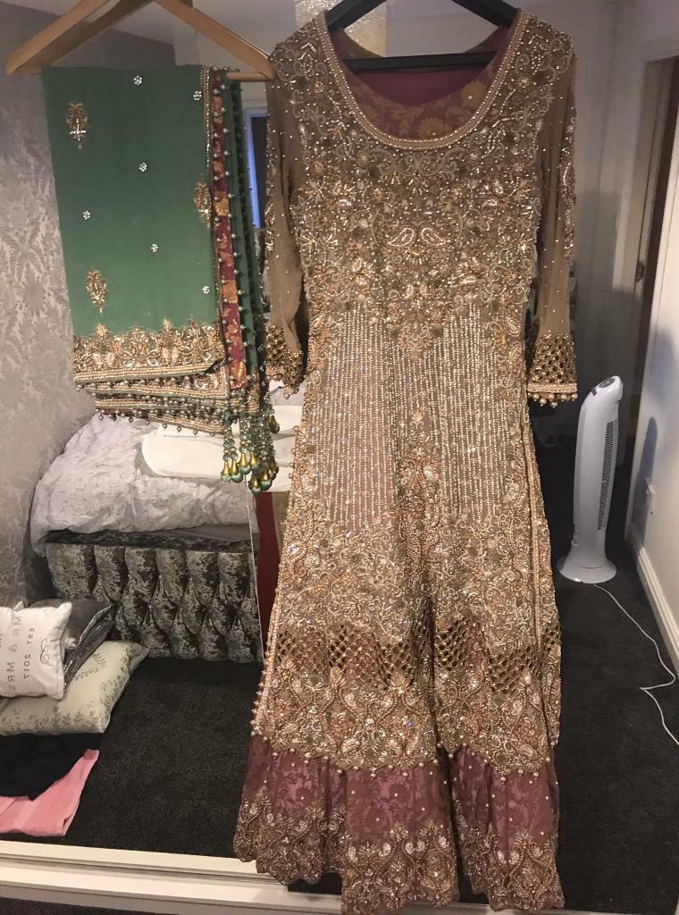 Asian bride wedding dress lehnga