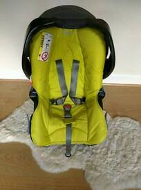 Graco car seat junior with the base